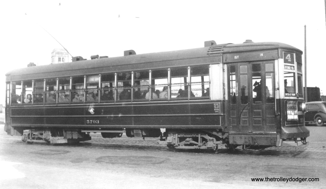 CSL 5793 at Cottage Grove and 26th on route 4. (M. D. McCarter Collection)
