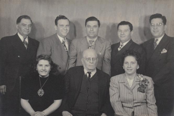 1945 Natale Salvatore Carmelo Alessando Pasquale Rosalia Vito Anna Colletti Family