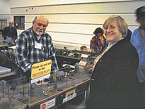 Steve at Trainfest with his wife Sandy.