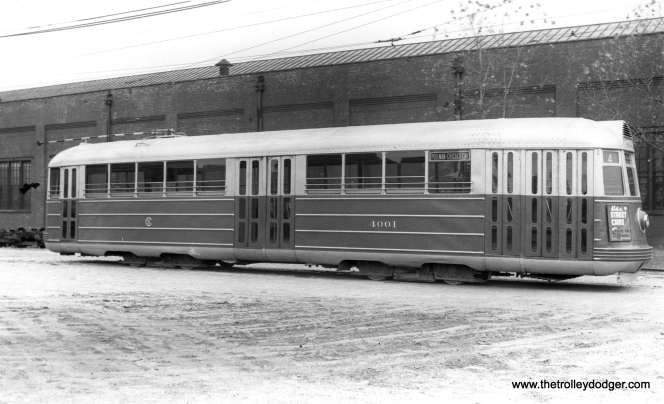 CSL 4001, signed for route 4 Cottage Grove, at South Shops on October 23, 1938. (M. D. McCarter Collection)
