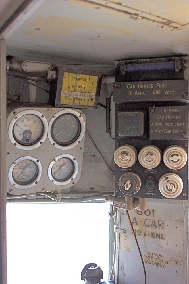 This shows the motorman's cabin gauge.