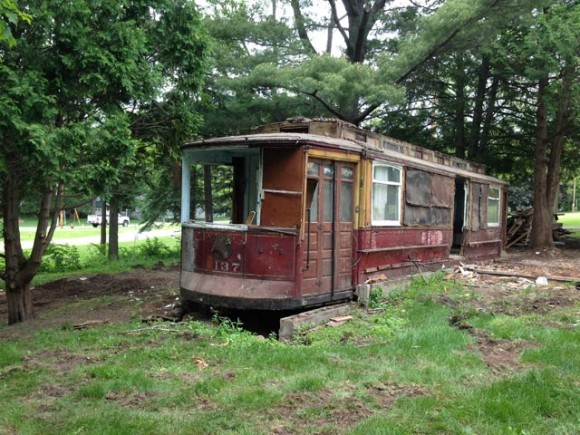 Lost and Found: Chicago Streetcar #1137 (1/6)
