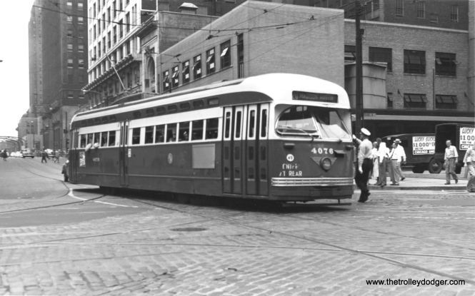 CTA 4076 at Madison and Franklin in July 1953. (Thomas H. Desnoyers Photo)