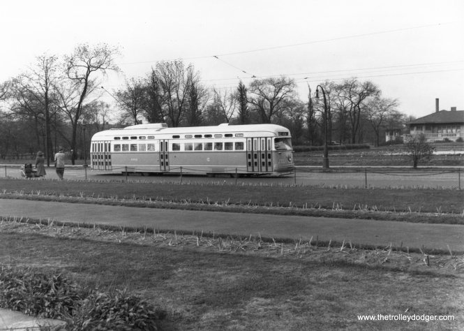 CSL 4062 eastbound on Madison near Central Park. (CSL Photo)