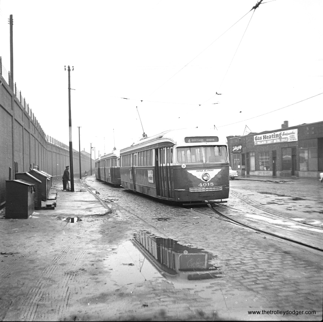 CTA 4015 at Cottage Grove and 115th, the south end of the line.