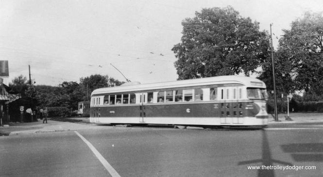 CSL 4051, with experimental door arrangement, leaves the Milwaukee-Imlay loop circa 1940-41. (Stephen D. Maguire Photo)