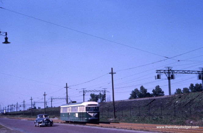 CTA 4011 northbound on private right-of-way around Cottage Grove near 99th Street on route 4.