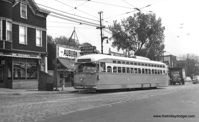 CSL 4052 at 81st and Halsted, the south end of route 22 Clark-Wentworth, most likely in 1947.