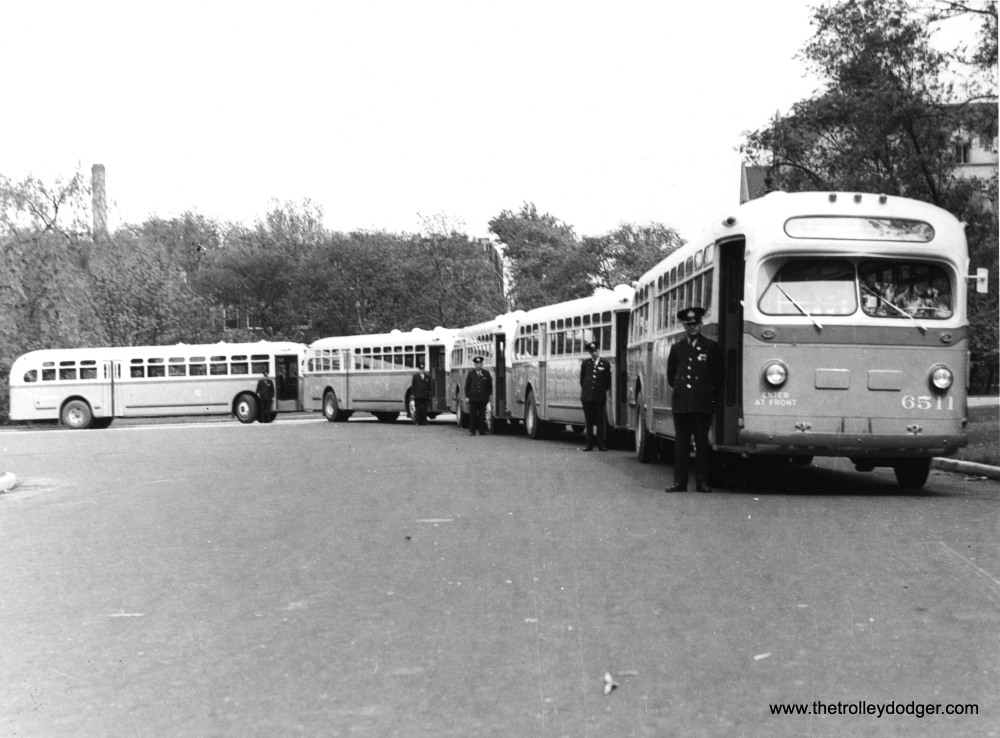 Historic Chicago Buses (3/6)