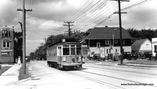 "Milwaukee city car 556 on Becher St. in West Allis. Don's Rail Photos adds, ""556 was built by St Louis Car Co in 1911. It was one manned in 1928."""