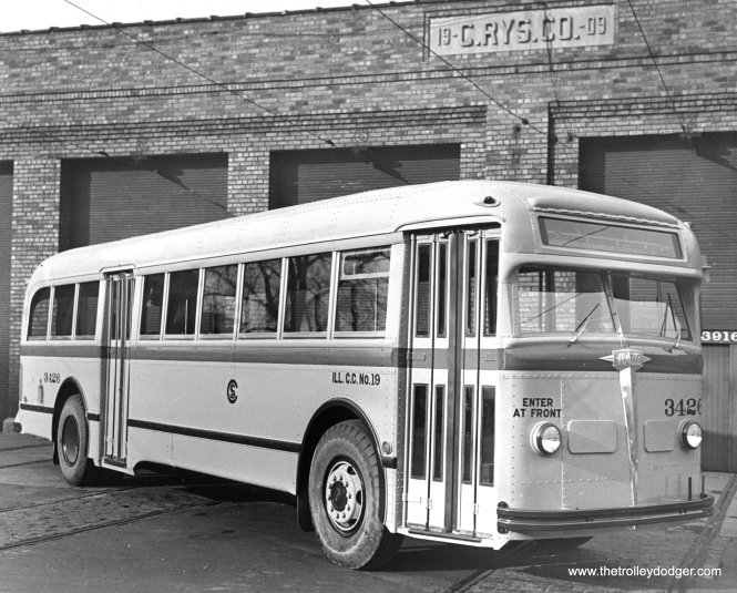 White-built CSL bus 3426 in 1945. (CSL Photo)