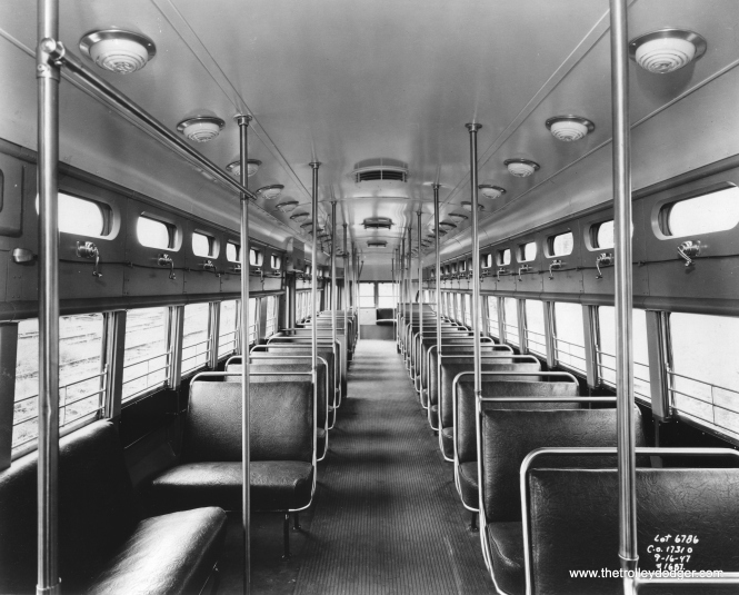 A builder's photo of Pullman PCC 4172's interior.