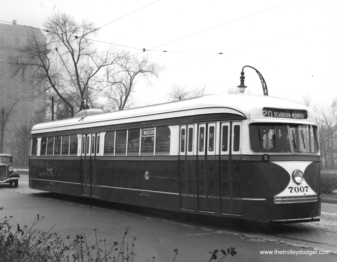 CSL 7007 on Madison along Garfield Park in 1937. (St. Louis Car Company Photo)