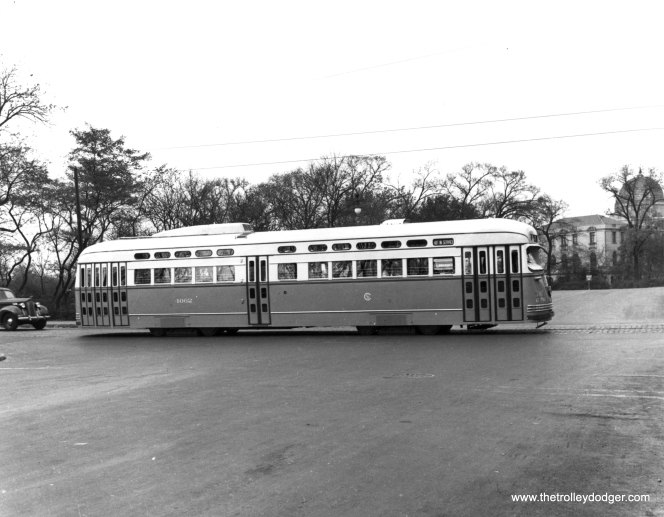 CSL 4062 eastbound on Madison at Central Park, with the Garfield Park fieldhouse in the background. This CSL photo most likely dates to September 1946, when this car was new.