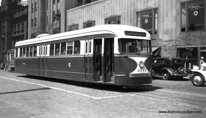 CSL 4047 is eastbound on Madison near Canal, with the landmark Chicago Daily News building (1928) at rear. (George Krambles Photo, Krambles-Peterson Archive)