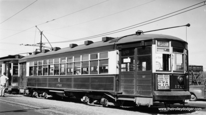 "CTA 1722 at Western and Howard on May 22, 1948. The northernmost portion of route 49 was bussed on August 1, 1948. At the same time, streetcar service was cut back to 79th on the south end, via a new loop there. George Trapp writes: ""On Aug. 1, 1948 north terminal changed to Schreiber loop at Devon Depot also shared with Route 36 cars. Berwyn loop opened Dec. 12, 1948."""