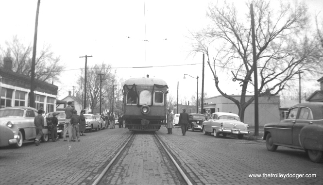 IT 284, decked in bunting, on what must have been the final revenue trip on this portion of the interurban in 1955. If anyone can identify the exact date or the location, please let me know. (Glenn L. Sticken Photo) You can see a picture of the same bunting applied to IT 277 at the Illinois Railway Museum in 2011 here: http://hickscarworks.blogspot.com/2011/04/illinois-terminal-society-meet.html