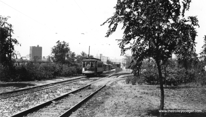 CSL 117 has just left the Cermak loop near the lakefront, added for the 1933-34 World's Fair (A Century of Progress) (Railway Negative Exchange Photo)