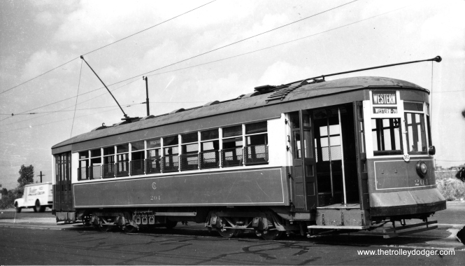 CSL 204 on Western Avenue. (Railway Negative Exchange Photo)