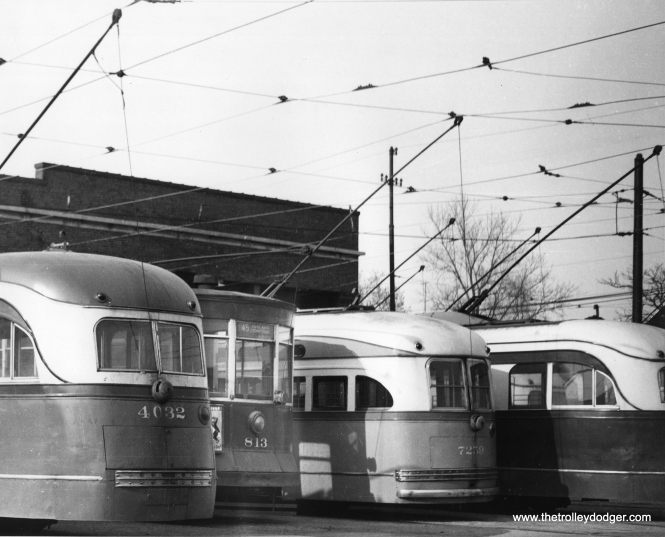 From left to rigth, at Ashland and 69th Station, we have prewar PCC 4032, Pullman 813, postwar St. Louis Car Company PCC 7259 and an unidentified prewar car.