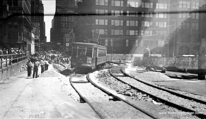 CTA 523 on a Madison Street shoo-fly, during construction of lower Wacker Drive in the early 1950s. (C. Edward Hedstrom Photo)