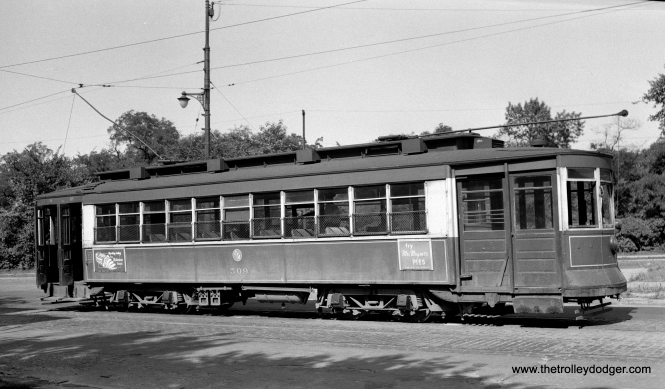 CTA Pullman 509, an Ashland car at Southport-Clark.