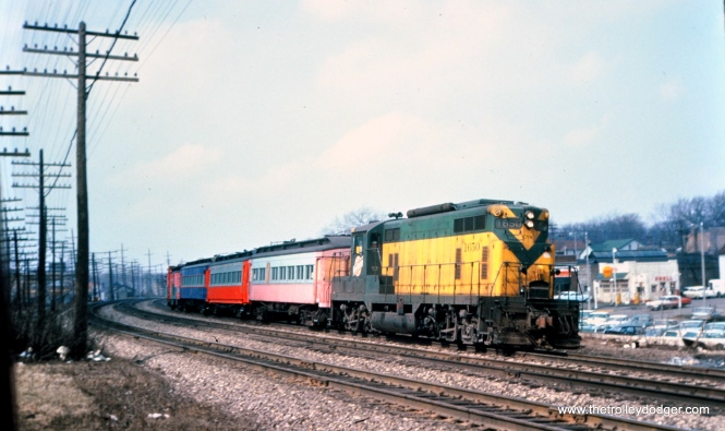 The rescue train taking CA&E cars purchased by RELIC through Glen Ellyn. (Mark Llanuza Collection)