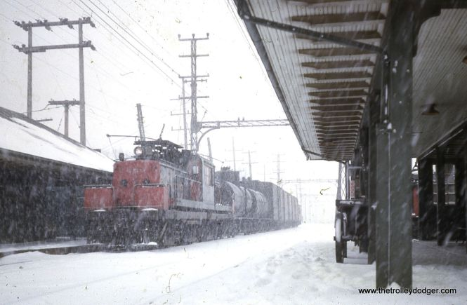 North Shore Line freight loco 459 heads up a train in January 1963.