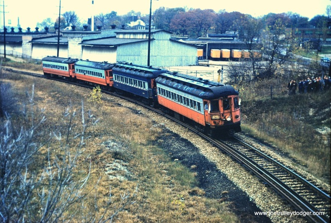 The CERA fantrip train on the CA&E at Raymond Street, October 26, 1958. (Mark Llanuza Collection) This is the same curve where several photos were taken during the December trip, where we got them identified as near the Corrugated Box Company.