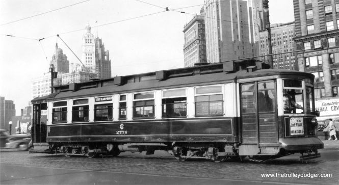 CSL 2776 at Wabash and Wacker in the 1940s. (George Snyder Photo)