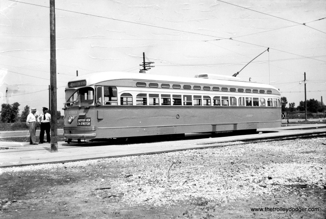 "PCC 4393, ""Another New CTA Streetcar,"" at the 79th and Western loop in 1948."