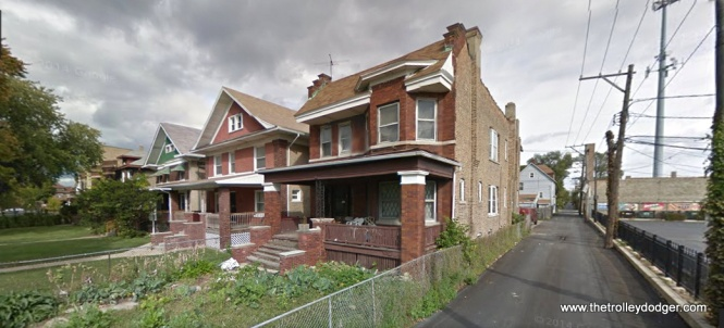 The houses behind the Madison-Austin loop as they appear today.