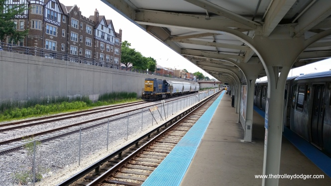 There isn't a lot of freight traffic on the B&OCT these days, but I did catch this short train near the Oak Park CTA station on June 30, 2016.