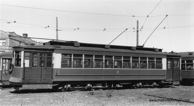 One of our regular readers says that CSL Pullman 184 is in the Clark-Arthur Loop, across the street from Devon Station. (Robert V. Mehlenbeck Photo, Joe L. Diaz Collection)