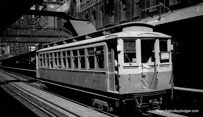 "CRT/CTA Met car 2865, a Douglas Park local on the Loop ""L"". (George Trapp Collection)"