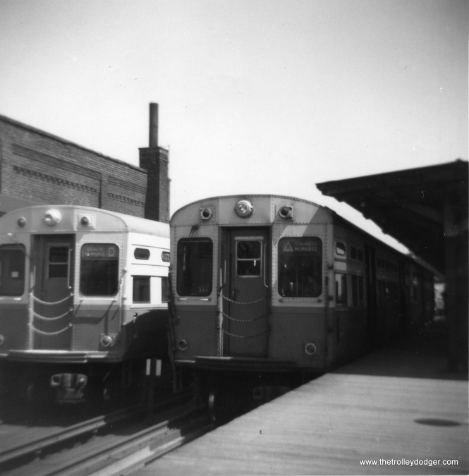 In this 1963 view at Logan Square, we see cars in the 6551-6600 series at left, in fresh paint, next to others from the 6601-6670 series at right in their original paint. (George Trapp Photo)
