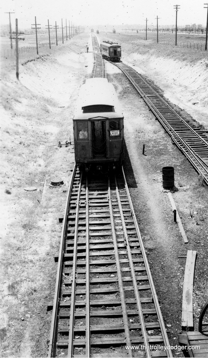 Westchester trains changing ends south of the Roosevelt Road station. (Allen T. Zagel Photo, George Trapp Collection)