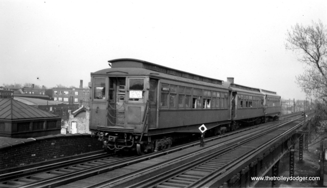 I don't know the exact location of this westbound Garfield Park train. But my gut instinct is this was taken at the same general location as the previous photo, which would make it the east end of the Pulaski station. (Joe L. Diaz Photo, George Trapp Collection)