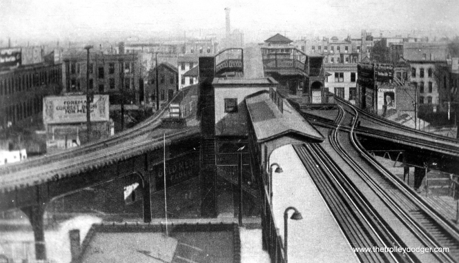 Marshfield Junction, looking east. The Logan Square/Humboldt Park, Garfield Park, and Douglas Park branches converged here onto the Met main line. (George Trapp Collection)