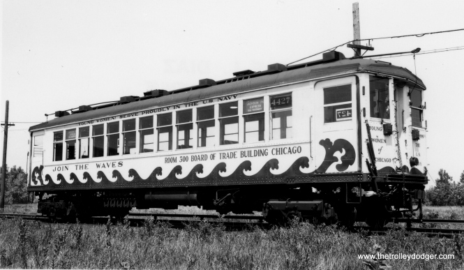 During World War II, CRT 4427 was done up in patriotic garb to support the WAVES (Women Accepted for Volunteer Emergency Service). It is signed as a Jackson Park Express via the subway, so this probably dates the picture to 1943-44. (Joe L. Diaz Photo, George Trapp Collection)