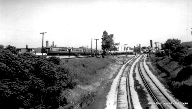 4000s near Howard. (Edward Frank, Jr. Photo, George Trapp Collection)
