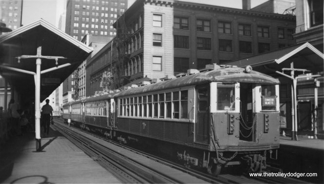 4000s on the Evanston Express. This looks like State and Lake to me. (Edward Frank, Jr. Photo, George Trapp Collection)