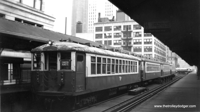 CTA 4296 heads up an Evanston Express train at Randolph and Wabash. (Edward Frank, Jr. Photo, George Trapp Collection)