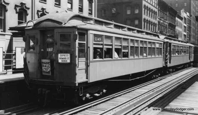 CRT 1149 is in the lead on a Howard-bound train that was also destined for the Niles Center (Skokie) branch. That probably dates this photo to the 1940s, prior to 1948 when the CTA abandoned the Niles Center branch. (Joe L. Diaz Photo)