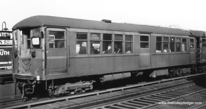CRT 4138 is part of a Ravenswood Local train at Western. (George Trapp Collection)