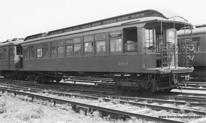 "CRT gate car 2509, shown here coupled to 4395, is signed for Westchester, so this may be Laramie Yard on the Garfield Park ""L"". (Joe L. Diaz Photo, George Trapp Collection)"