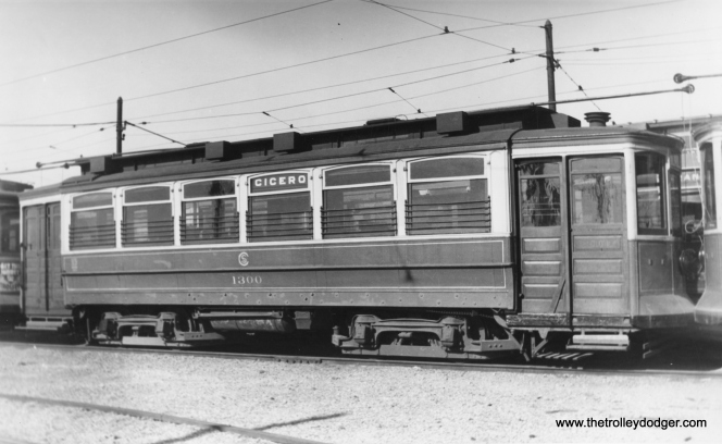 CSL 1300, signed for Cicero Avenue. (Edward Frank, Jr. Photo)
