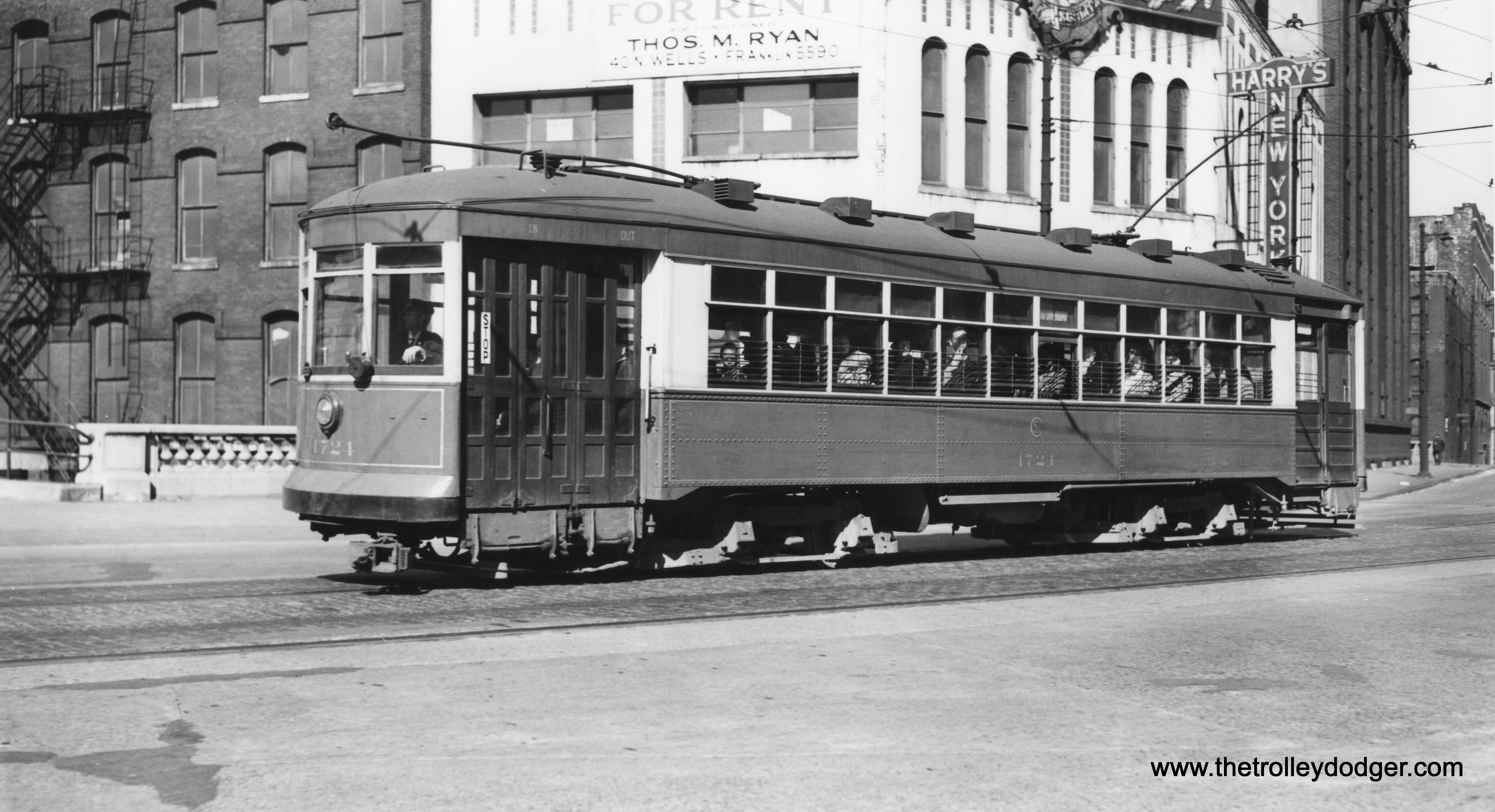 Chicago Cubs – The Trolley Dodger