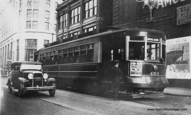 You might think, at first glance, that this picture of CSL 453 was taken downtown, but you would be wrong. This is the east end of the Lawrence line at Broadway in Chicago's Uptown neighborhood. The motorman and conductor are talking before making the trip west to Austin on August 4, 1934. (Earl W. McLaughlin Photo)