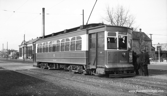 CSL 5639 on the Stony Island route, May 17, 1938.